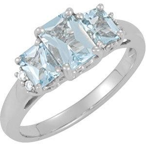 Genuine Aquamarine Diamond Ring in 14k White Gold (0.05 Ct. tw.) (0.05 Ct. tw.)