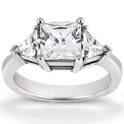 Princess Cut Three Stone Diamond Engagement Ring in 14K Yellow Gold