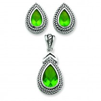 Green Pendant Earrings Set in Sterling Silver