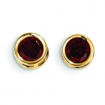 Garnet Stud Earrings in 14k Yellow Gold