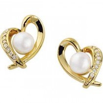 Pearl Diamond Heart Earrings in 14k Yellow Gold (0.16 Ct. tw.)