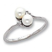 4mm Pearl Diamond ring