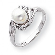 6mm Pearl Diamond Ring