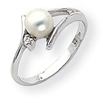 5mm Pearl Diamond Ring