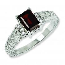 7x5mm Garnet Diamond Ring