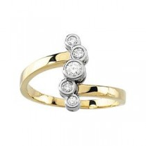 Diamond Right Hand Ring in 14k Two-tone Gold (0.25 Ct. tw.) (0.25 Ct. tw.)
