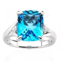 Checkerboard Swiss Blue Topaz Diamond Ring in 14k White Gold (0.16 Ct. tw.) (0.16 Ct. tw.)
