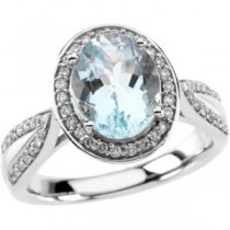 Aquamarine Diamond Ring in 14k White Gold (0.375 Ct. tw.) (0.375 Ct. tw.)