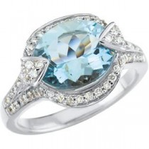 Aquamarine Diamond Ring in 14k White Gold (0.5 Ct. tw.) (0.5 Ct. tw.)