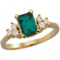Chatham Emerald Diamond Ring in 14k Yellow Gold (0.16 Ct. tw.) (0.16 Ct. tw.)