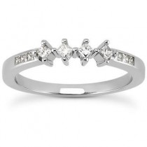 Elegant Princess Cut Band in 14K Yellow Gold