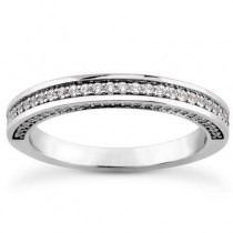 Round Cut Wedding Band in 14K Yellow Gold