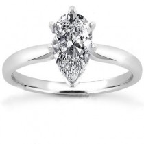 Pear Shape Solitaire Ring in 14K Yellow Gold