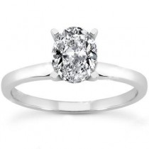 Oval Solitaire Ring in 14K Yellow Gold