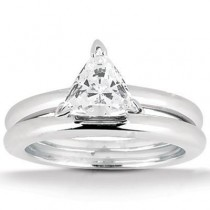 Trillion Solitaire Ring in 14K Yellow Gold