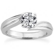 Stylish Round Solitaire Engagement Ring in 14K Yellow Gold