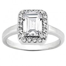 Stylish Emerald Cut Diamond Engagement Ring in 14K Yellow Gold