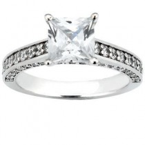 Princess Cut Diamond Ring with Side stones in 14K Yellow Gold