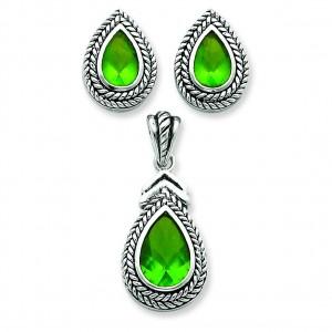Green Pendant Earrings Set in Sterling Silver