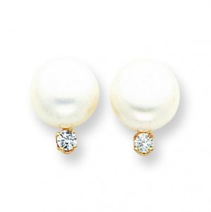 White Button Cultured Pearl Diamond Earrings in 14k Yellow Gold (0.2 Ct. tw.)