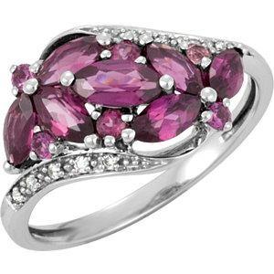 Genuine Brazilian Garnet Diamond Ring in 14k White Gold (0.04 Ct. tw.) (0.04 Ct. tw.)