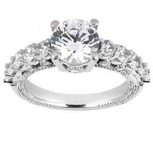 Round Elegant Wedding Ring in 14K Yellow Gold