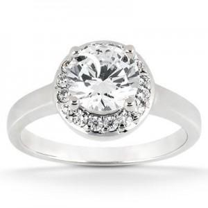 Stylish Round Cut Diamond Engagement Ring in 14K Yellow Gold