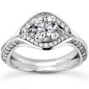 Elegant Round Engagement Ring in 14K Yellow Gold