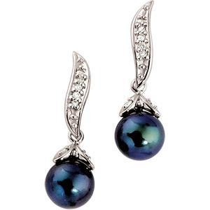 Black Pearl Diamond Earring in 14k White Gold (0.1 Ct. tw.)
