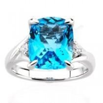 Checkerboard Swiss Blue Topaz Diamond Ring in 14k White Gold (0.16 Ct. tw.) (0.16 Ct. tw.)