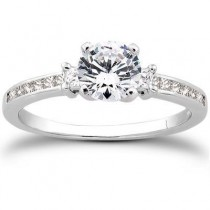 Designer Round Diamond Engagement Ring in 14K Yellow Gold