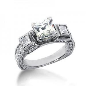 Elegant Antique Princess Cut Diamond Ring in 14K Yellow Gold